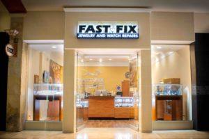 Fast-Fix Park Meadows Exterior